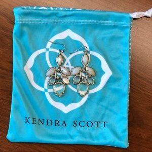 Kendra Scott Jeanine earring in White mix